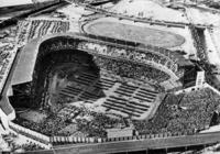 Blick in das Yankee-Stadion in New York, 1938 Timeline Classics/Timeline Images