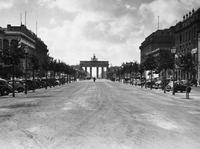 Brandenburger Tor in Berlin, 1939 Timeline Classics/Timeline Images