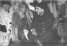 Fasching in den 1920ern Acouturier/Timeline Images