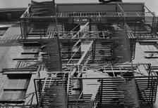 Feuerleiter in New York City, 1973 hwh089/Timeline Images