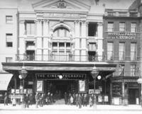 Lichtspieltheater in London, 1899 Timeline Classics/Timeline Images