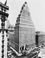 Paramount Building in New York, 1927 Timeline Classics/Timeline Images