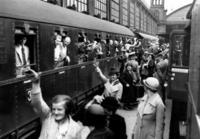 Abschied am Bahnhof, 1937 Timeline Classics/Timeline Images