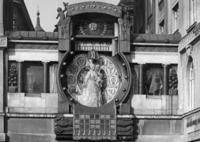 Ankeruhr in Wien, 1927 Timeline Classics/Timeline Images