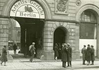 Arbeits-Gericht Berlin, 1929-1932 Timeline Classics/Timeline Images