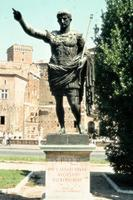 Augustus-Statue in Rom, 1973 Czychowski/Timeline Images