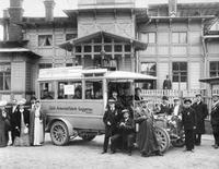 Autobus in Rußland, 1907 Timeline Classics/Timeline Images