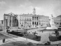 Börse in Porto, 1910 Timeline Classics/Timeline Images