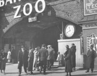 Bahnhof Zoo in Berlin Timeline Classics/Timeline Images