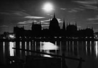 Budapest bei Nacht, 1934 Timeline Classics/Timeline Images