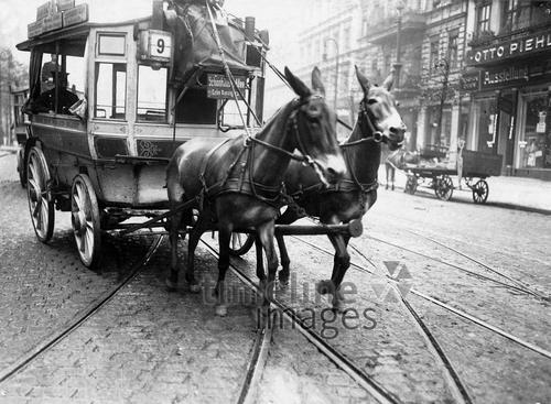 Bus in Berlin, 1911 Timeline Classics/Timeline Images