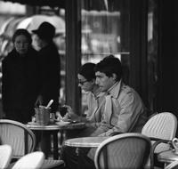 Cafe Deux Magots in Paris, 1975 Jürgen Wagner/Timeline Images