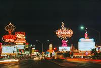 Casinos am Las Vegas Strip bei Nacht, 1992 Raigro/Timeline Images