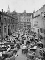 Central-Markthalle in Berlin, 1907 Timeline Classics/Timeline Images