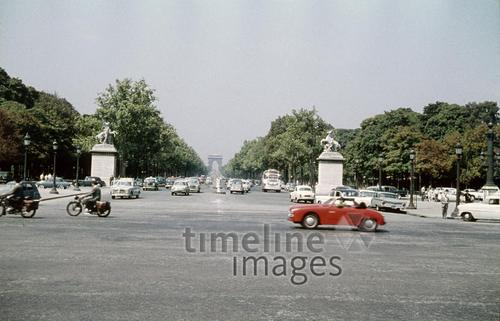 Champs Elysées in Paris, 1959 HRath/Timeline Images
