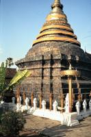 Chedi des Wat Phra That Lampang Luang, 1985 Czychowski/Timeline Images