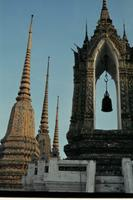 Chedis in Wat Pho, 1985 Czychowski/Timeline Images