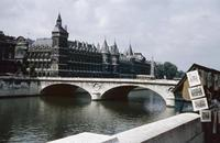 Conciergerie in Paris, 1959 HRath/Timeline Images