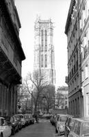 Der Turm von Saint-Jacques-la-Boucherie in Paris, 1975 Juergen/Timeline Images