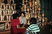 Devotionalienladen in Mandalay, 1985 Czychowski/Timeline Images