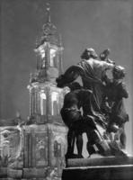Dresden bei Nacht, 1937 Timeline Classics/Timeline Images