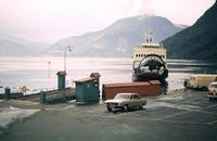 Fähre am Hardangerfjord in Norwegen, 1966 HRath/Timeline Images