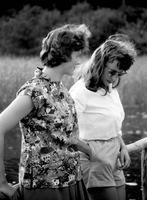 Frauen in Bad Saarow, 1959 Juergen/Timeline Images