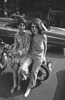 Frauen in Greenwich Village, 1967 Hermann Schröer/Timeline Images