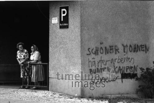 Frauen während der Anti-Haig-Demonstration, 1981 Albert1/Timeline Images