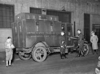 Gepanzerter Geldtransporter in New York, 1934 Timeline Classics/Timeline Images