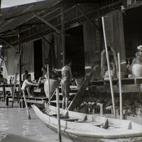 Handelshaus am Flussufer in Bangkok, 1972 hwh089/Timeline Images