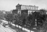 Hoftheater in Hannover, 1911 Timeline Classics/Timeline Images