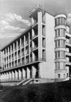 Hotel 'Patria' in Krynica, 1935 Timeline Classics/Timeline Images