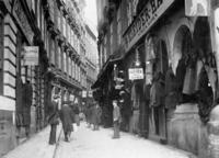 Judengasse in Wien, 1909 Timeline Classics/Timeline Images