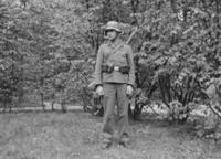 Junger Mann in Uniform, 1940 aniko/Timeline Images