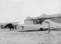 Junkers F 13 in Isfahan in Persien, 1925 Timeline Classics/Timeline Images