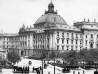 Justizpalast in München Timeline Classics/Timeline Images