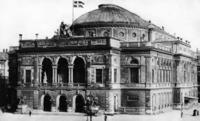 Königliches Theater, 1910 Timeline Classics/Timeline Images