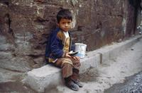 Kind in Istanbul, 1988 Raigro/Timeline Images
