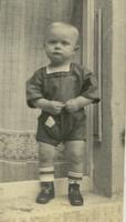 Kind in kurzen Hosen paul1895/Timeline Images