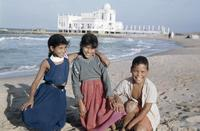 Kinder am Strand in La Marsa, 1959 RainerA/Timeline Images