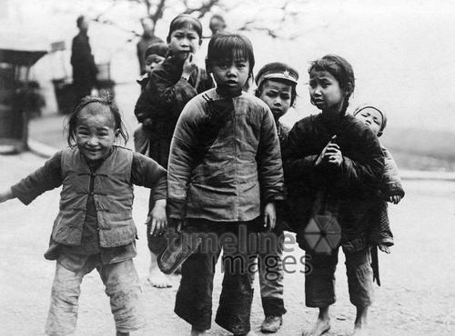 Kinder in China, 1921 Timeline Classics/Timeline Images