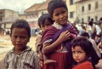 Kinder in Nepal, 1986 RalphH/Timeline Images