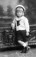 Kinderportrait, 1908 kartique/Timeline Images