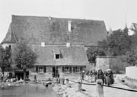 Kirchgängerinnen in Forchheim, 1904 Timeline Classics/Timeline Images