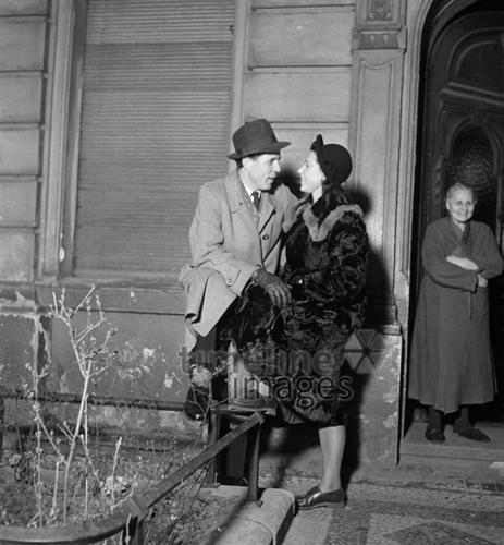 Dating girl in her 30er Jahren