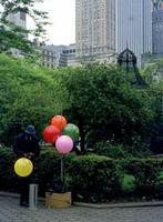 Luftballonverkäufer in New York City, 1973 Jürgen Wagner/Timeline Images