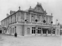 Lustspiel-Theater in Wien, 1903 Timeline Classics/Timeline Images
