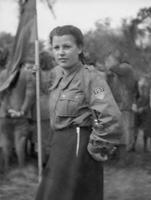 Mädchen in FDJ-Uniform in Potsdam, 1951 Juergen/Timeline Images