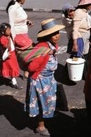 Mütter in Arequipa, 1981 Czychowski/Timeline Images